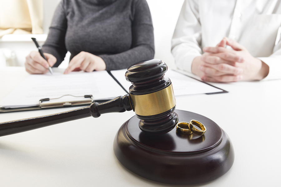 Couple attending Sydney family law